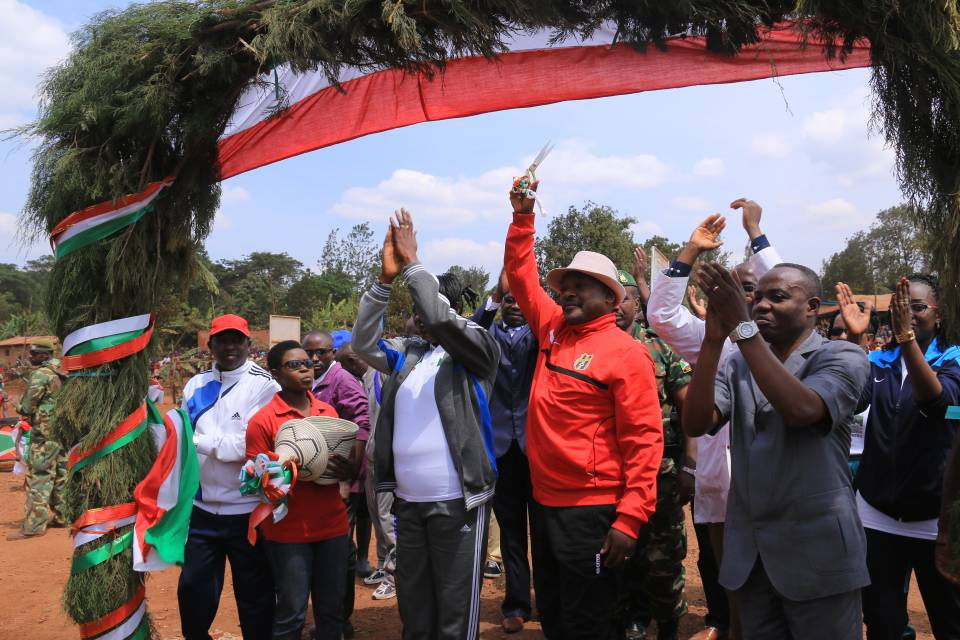 Son Excellence le Président Pierre Nkurunziza inaugure des infrastructures à Muyinga
