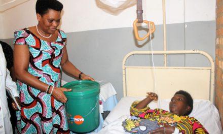 La Première Dame Denise Nkurunziza a offert une assistance tangible et spirituel aux nécessiteux de Bubanza