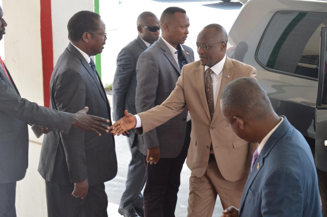 Le Premier Vice-Président du Burundi se rend à Addis Ababa pour le 29è sommet des Chefs d'État