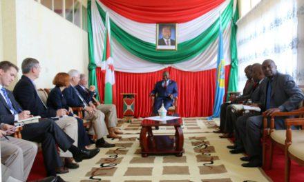 Des sénateurs américains reçus par le Président Pierre Nkurunziza