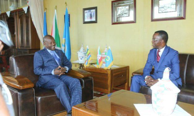 Son Excellence Pierre Nkurunziza reçoit le Président du Parlement Panafricain