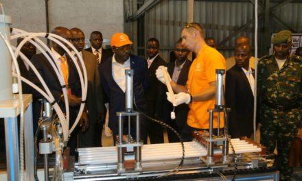 Son Excellence Pierre Nkurunziza visite l'usine TILLINO