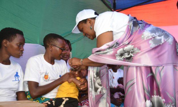 La Première Dame lance la semaine de la santé mère- enfant 1ère édition