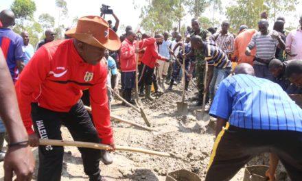 Son Excellence Pierre Nkurunziza aux côtés de la population dans différentes activités à Ngozi
