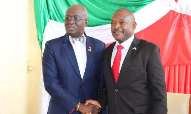 S.E Pierre Nkurunziza reçoit un envoyé spécial du Président Ghanéen