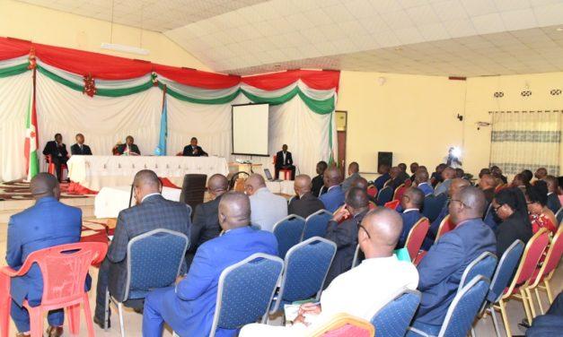 Le Chef de l'Etat réunit les responsables des entreprises publiques et parapubliques