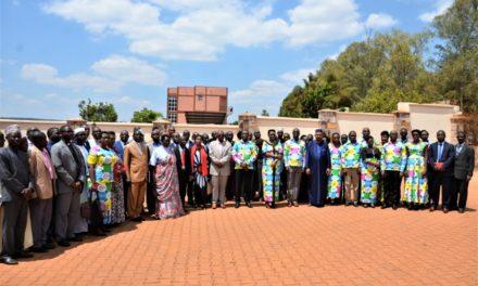 La Première Dame clôture sa campagne de sensibilisation à Gitega