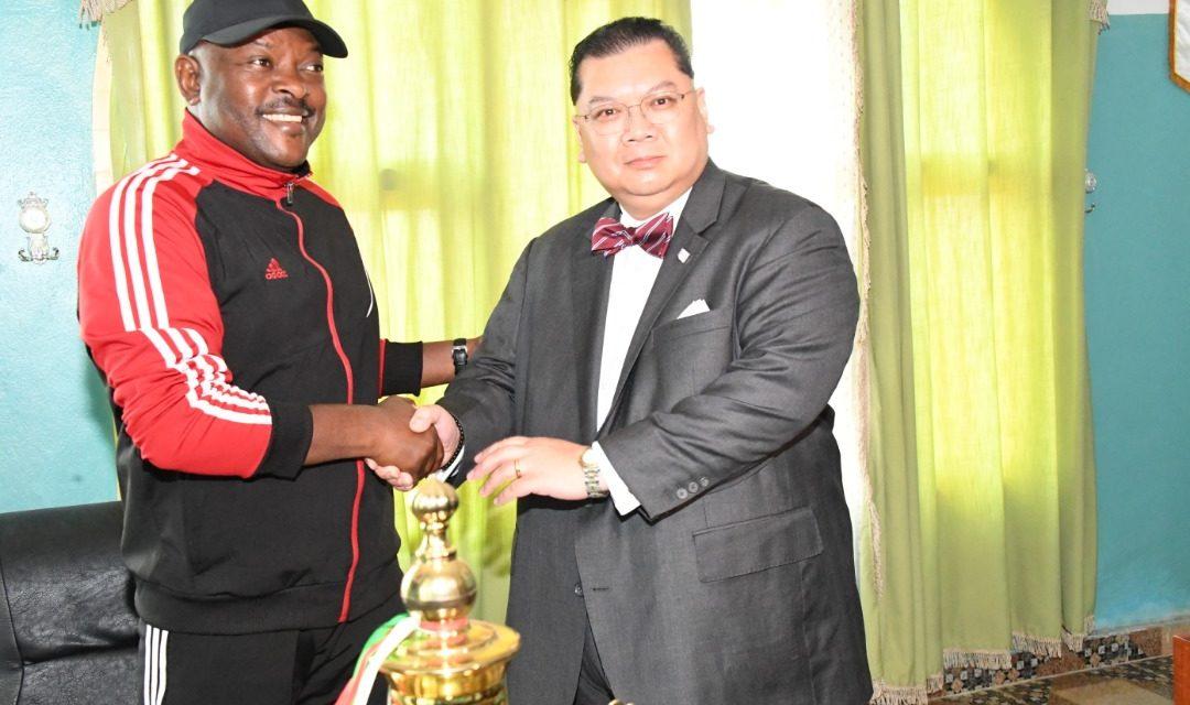 Deux envoyés spéciaux reçus par Son Excellence Pierre Nkurunziza