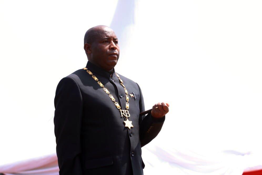 Son Excellence Général Major Evariste Ndayishimiye s'engage à être un serviteur du peuple burundais