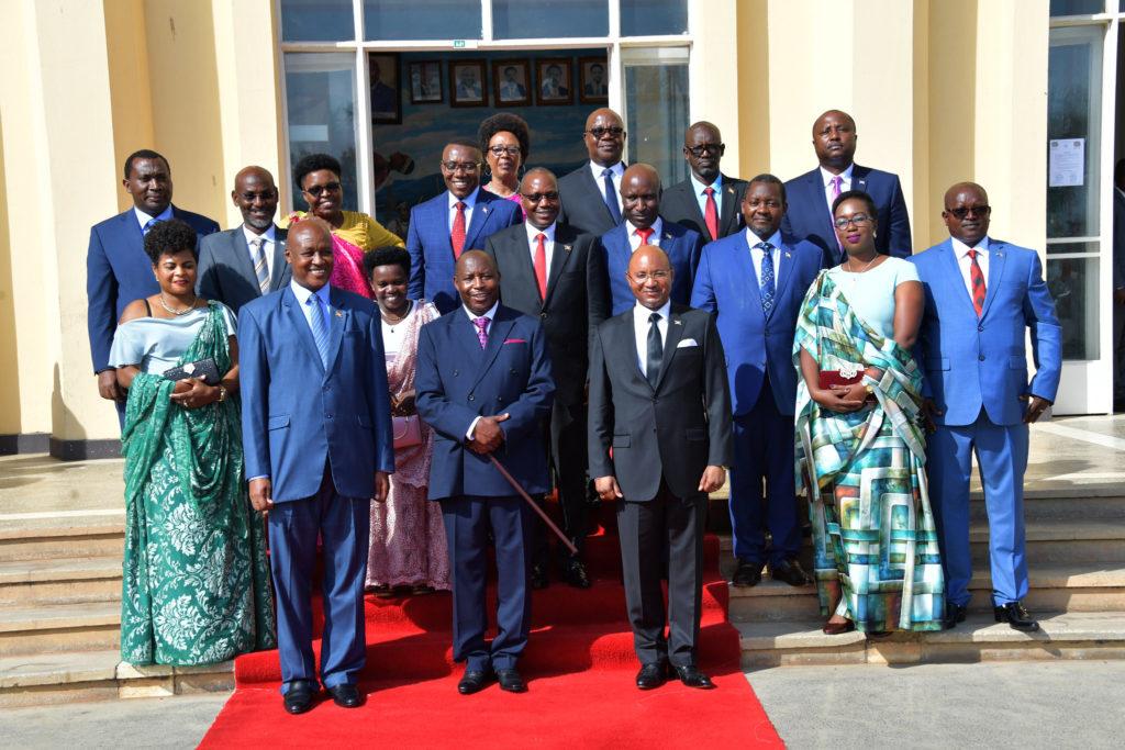 Membres Du Gouvernement
