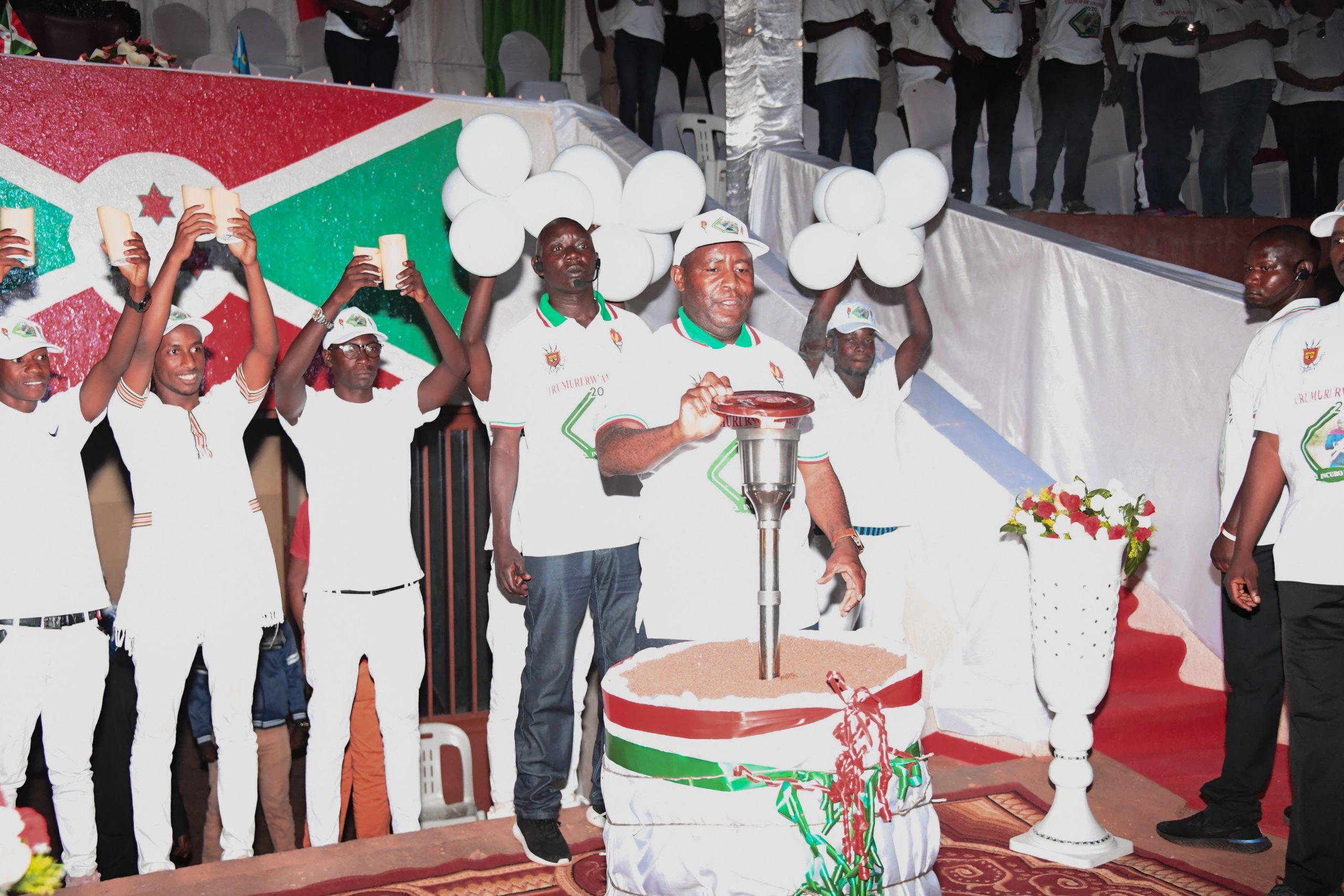 Le Président Ndayishimiye clôture la 14ème édition du flambeau de la paix