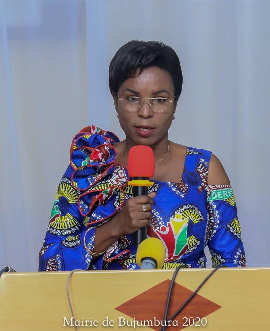 La Première Dame sensibilise les élus du peuple sur le VIH/SIDA et les hépatites virales