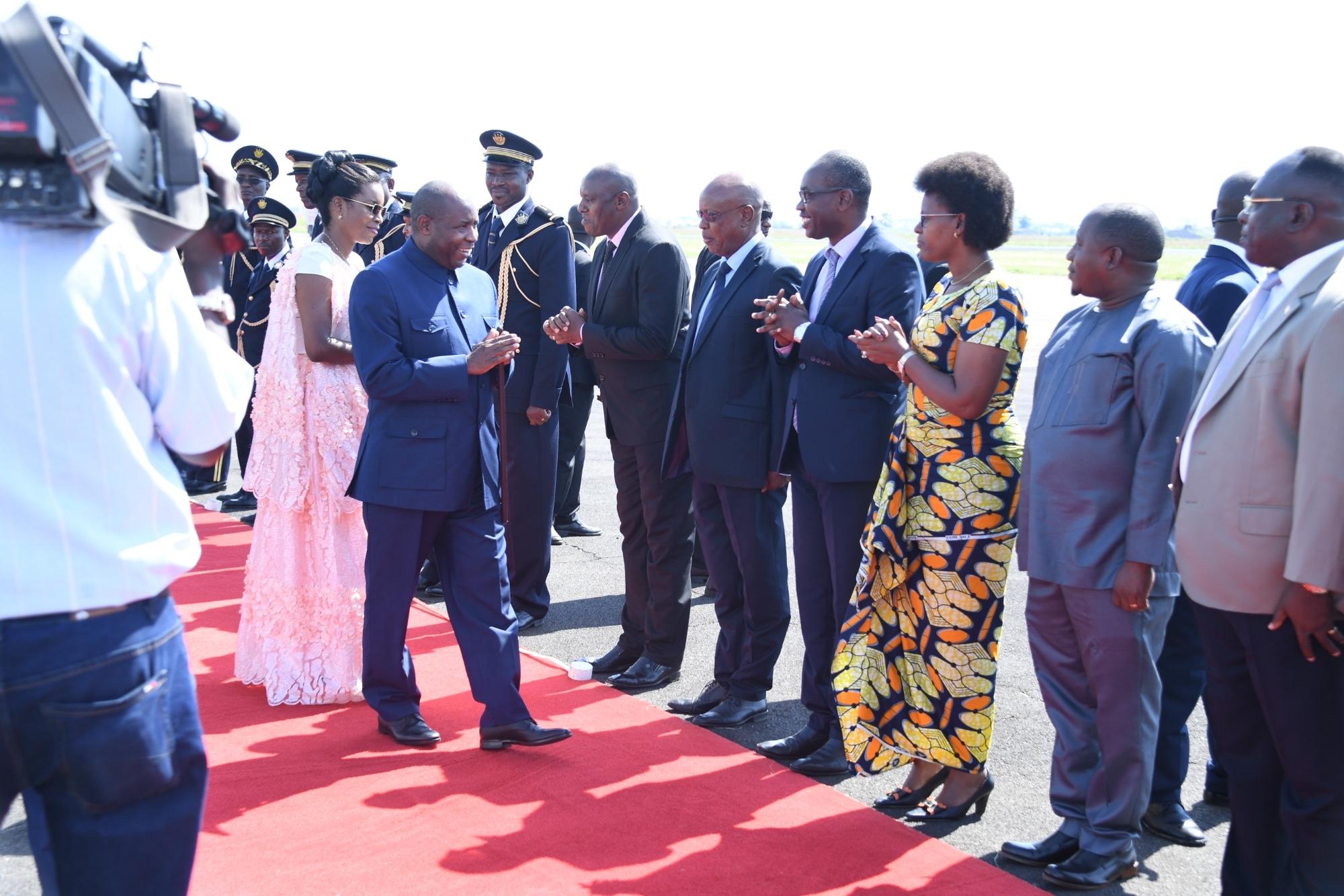 Le Chef de l'Etat s'envole pour Libreville