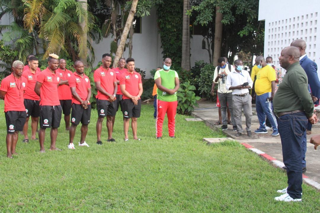 Le Chef de l'Etat rencontre l'équipe nationale Intamba