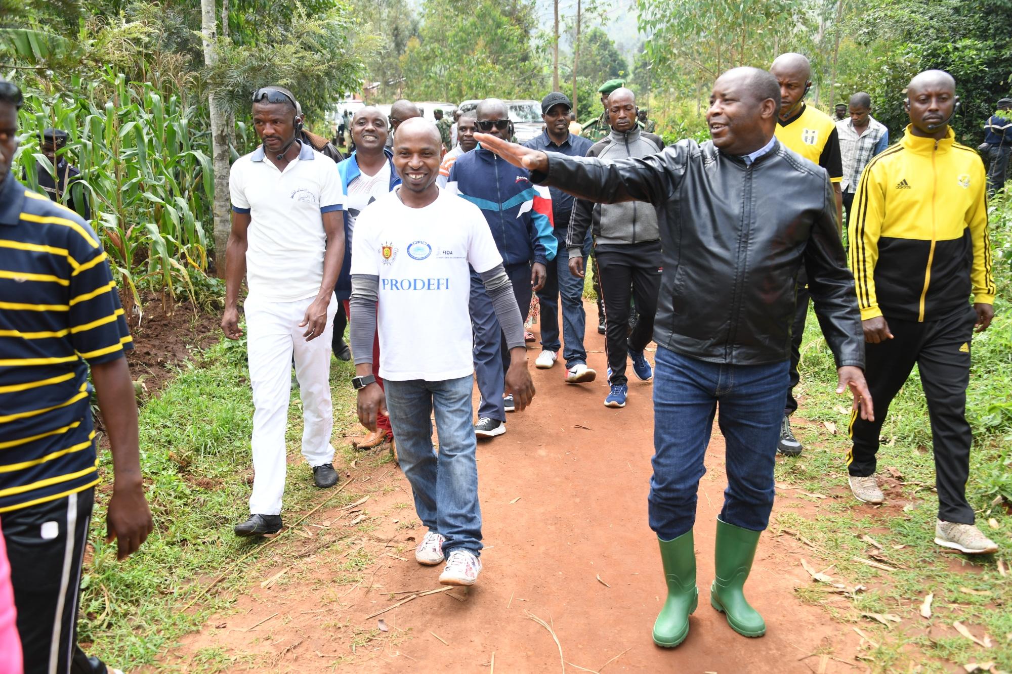 Le Chef de l'Etat visite différents projets de développement de la population à Gitega