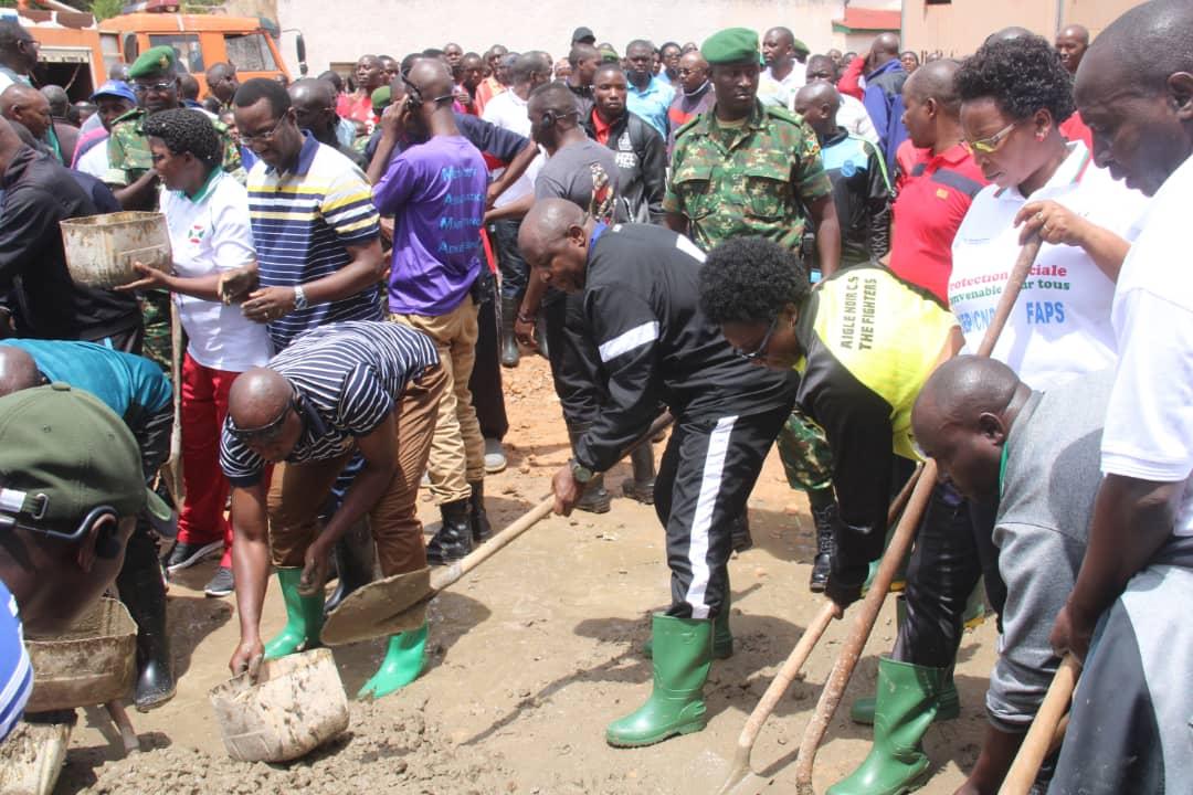 Le Chef de l'Etat satisfait de la prise de conscience des Burundais à prendre en main leur développement