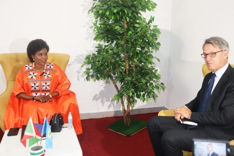 The First Lady receives in audience the Regional Director of WFP for Eastern Africa