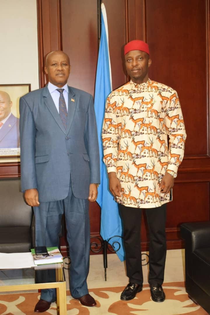 Le Vice-Président reçoit l'Ambassadeur du Nigéria