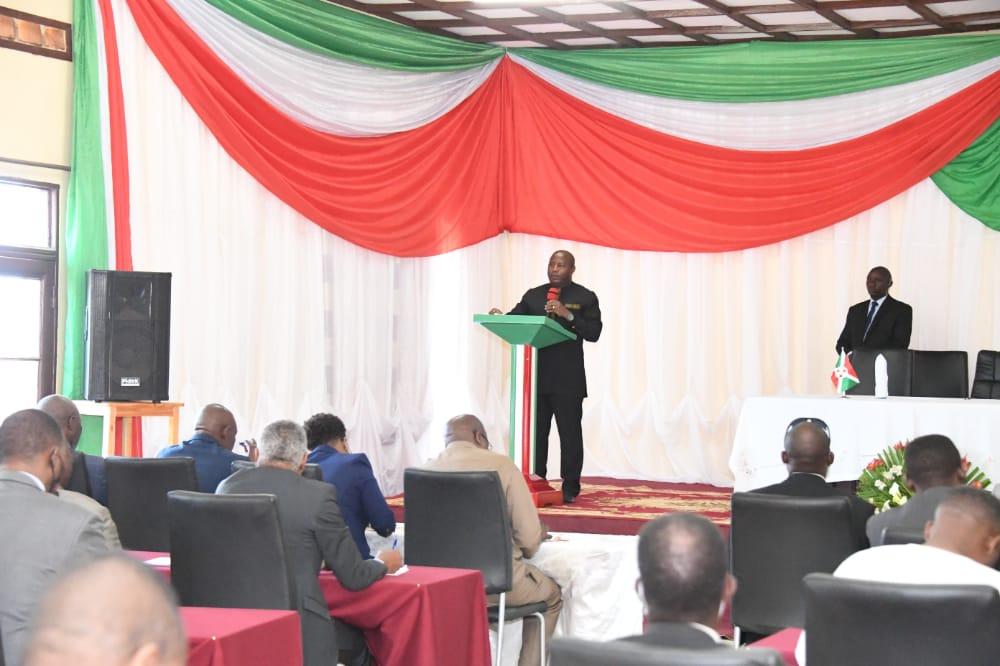 Le Chef de l'Etat échange avec les représentants des partis politiques sur différents sujets de la vie du pays