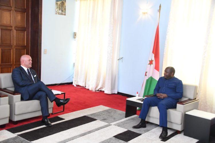 Le Chef de l'Etat reçoit l'Ambassadeur de l'Italie au Burundi